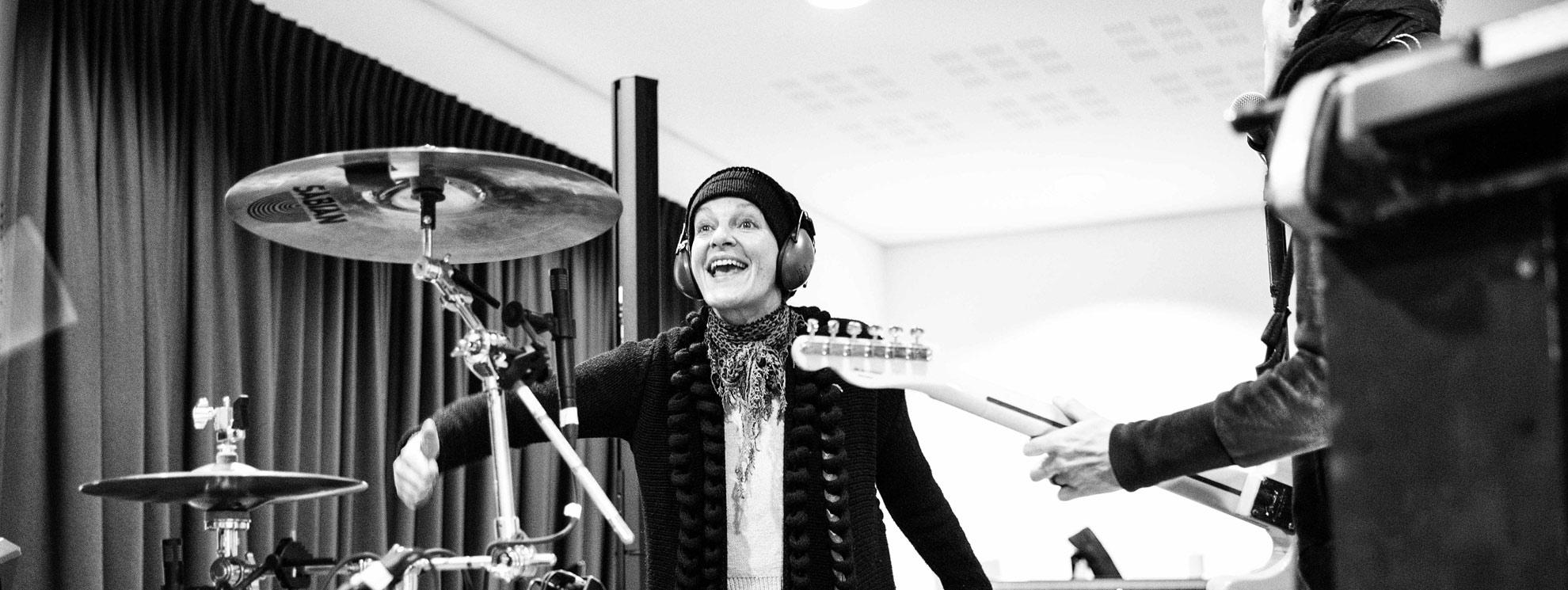 Bettina Habekost - Performance